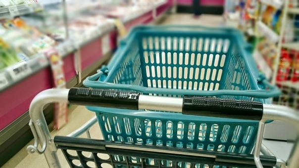買い物の様子 エコバッグ